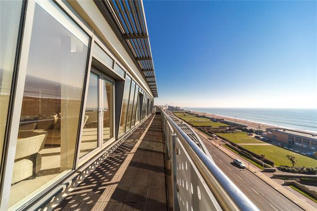 Offers in excess of £1,400,000, 3 Bedroom Flat For Sale in Hove, BN3