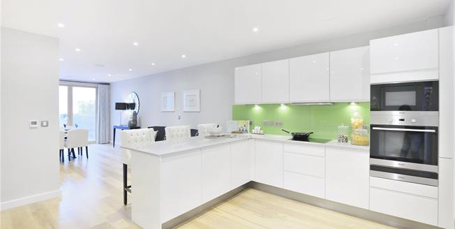 Asking Price £1,840,000, 3 Bedroom House For Sale in London, N1