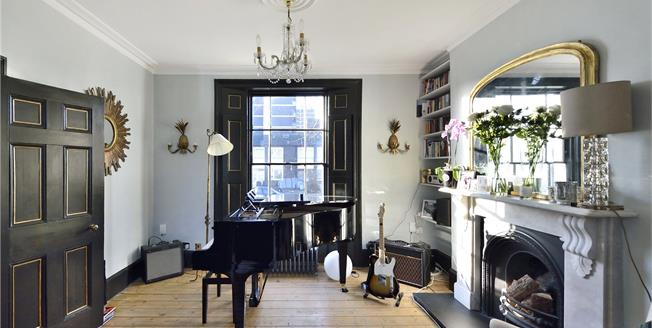 Asking Price £1,250,000, 3 Bedroom Terraced House For Sale in London, N1