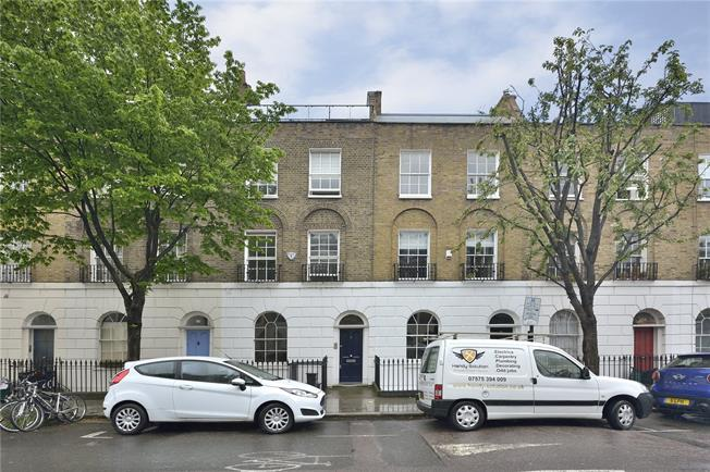 Asking Price £2,350,000, 4 Bedroom Terraced House For Sale in London, N1