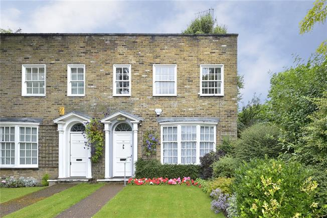 Asking Price £1,195,000, 3 Bedroom House For Sale in London, N1