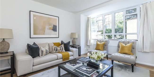 Asking Price £750,000, 2 Bedroom Flat For Sale in London, WC1X