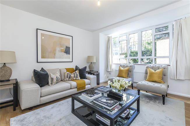 Asking Price £799,950, 2 Bedroom Flat For Sale in London, WC1X