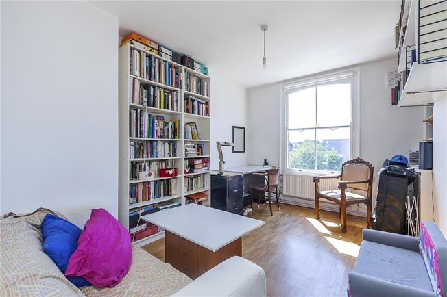 Asking Price £399,950, 1 Bedroom Flat For Sale in London, N5