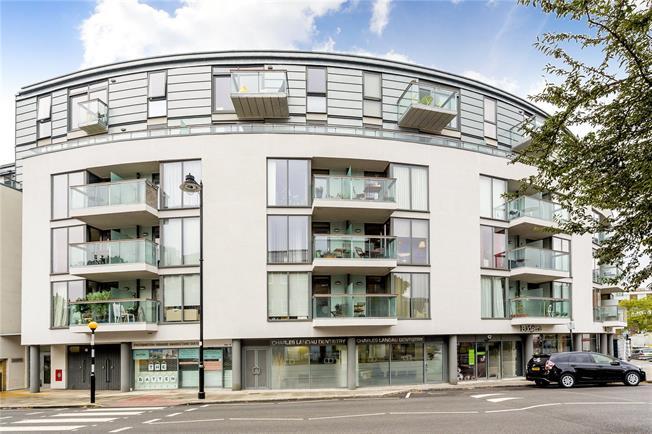 Asking Price £530,000, 1 Bedroom Flat For Sale in London, N1