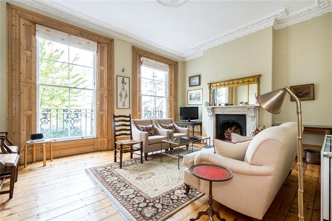 Asking Price £1,100,000, 3 Bedroom For Sale in London, N7