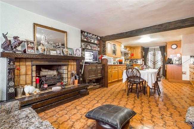 Asking Price £2,595,000, 6 Bedroom Terraced House For Sale in London, N1