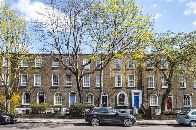 Guide Price £1,650,000, 3 Bedroom Terraced House For Sale in London, N1
