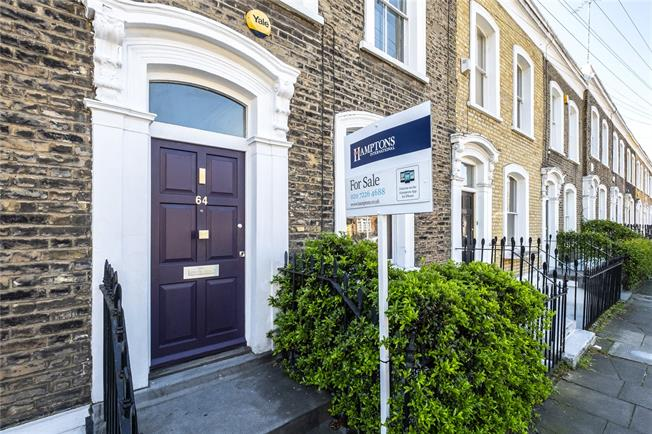 Asking Price £1,450,000, 2 Bedroom Terraced House For Sale in London, N1