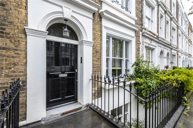 Asking Price £1,950,000, 3 Bedroom Terraced House For Sale in London, N1