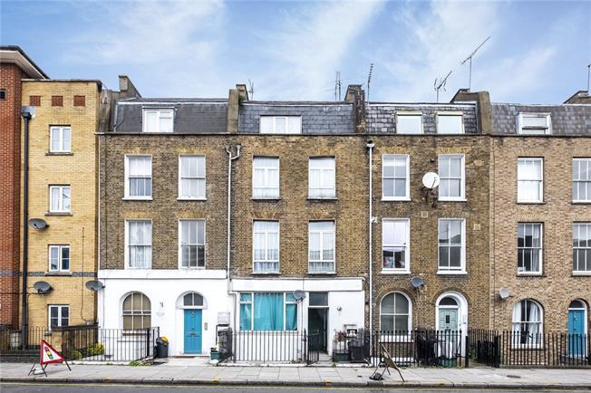 Asking Price £400,000, 1 Bedroom Flat For Sale in London, N1