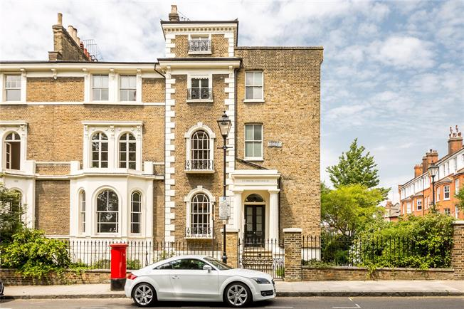 Asking Price £1,650,000, 4 Bedroom Flat For Sale in London, N5