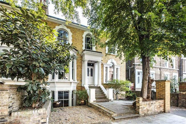 Asking Price £3,250,000, 5 Bedroom Semi Detached House For Sale in London, E8