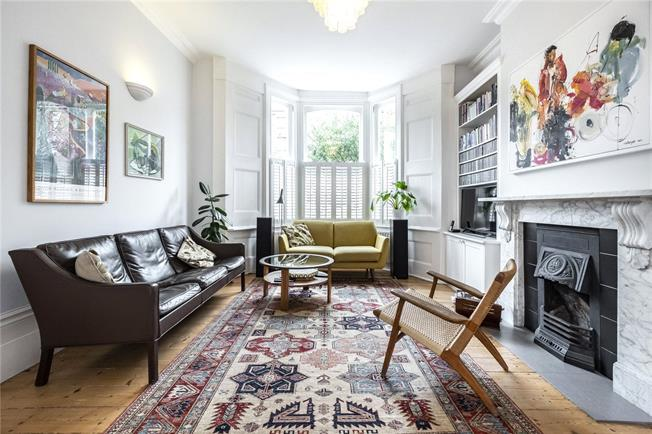 Offers in excess of £1,350,000, 4 Bedroom Terraced House For Sale in London, N4