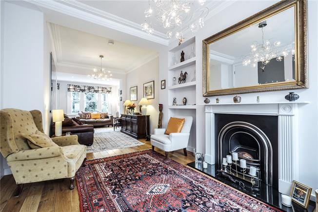 Guide Price £2,000,000, 3 Bedroom End of Terrace House For Sale in London, N1