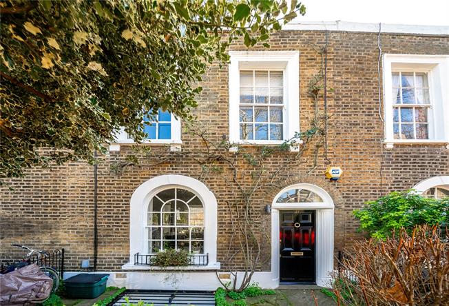 Asking Price £1,650,000, 3 Bedroom Terraced House For Sale in London, N1