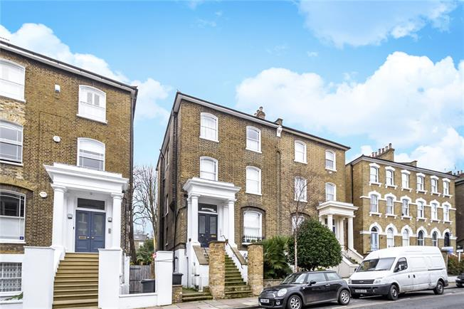 Offers in excess of £750,000, 2 Bedroom Flat For Sale in London, N5