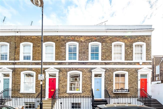 Asking Price £1,250,000, 2 Bedroom Terraced House For Sale in London, N1