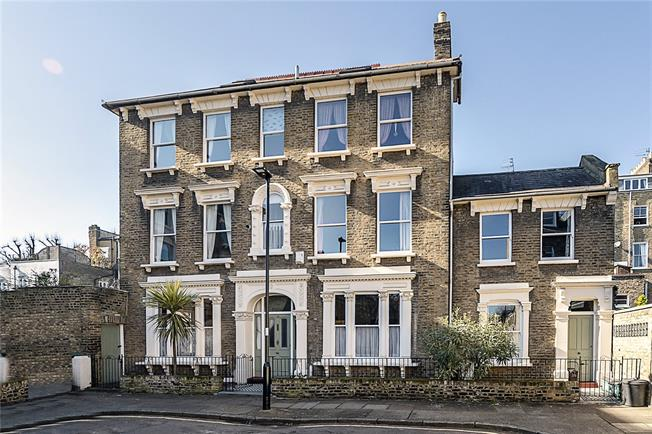 Asking Price £2,650,000, 5 Bedroom Detached House For Sale in London, N5