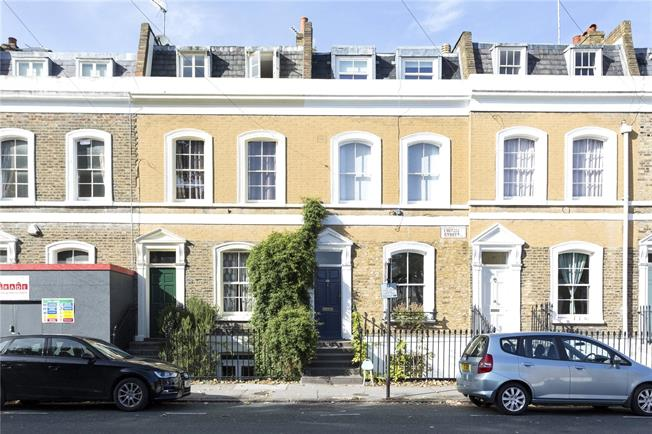 Offers in excess of £1,250,000, 3 Bedroom Terraced House For Sale in London, N1