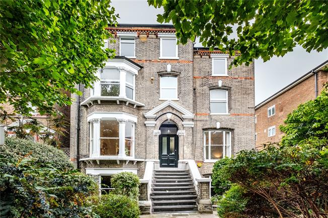 Offers in excess of £700,000, 2 Bedroom Flat For Sale in London, N7