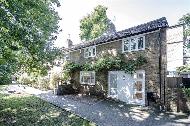 Offers in excess of £1,000,000, 2 Bedroom Terraced House For Sale in London, N1