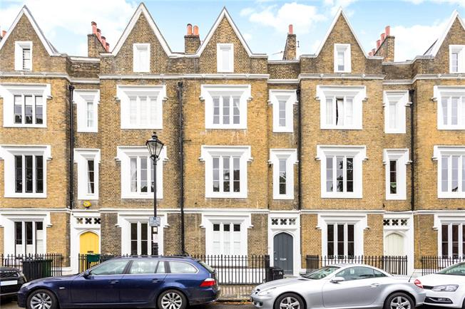 Offers in excess of £450,000, 1 Bedroom Flat For Sale in London, N1