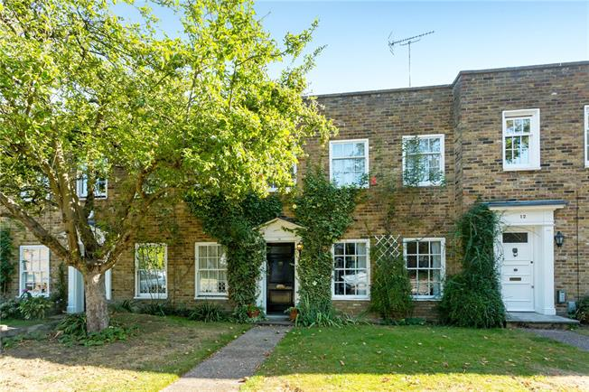 Guide Price £1,250,000, 3 Bedroom Terraced House For Sale in London, N1