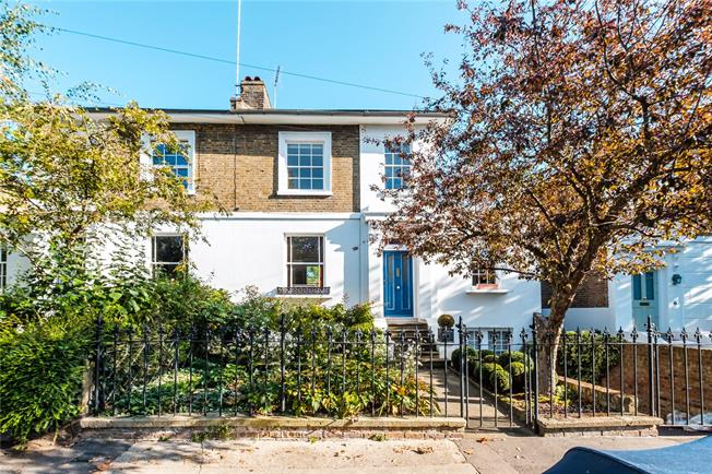 Offers in excess of £2,500,000, 4 Bedroom Semi Detached House For Sale in London, N1