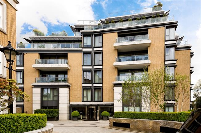 Asking Price £1,395,000, 1 Bedroom Flat For Sale in London, W8