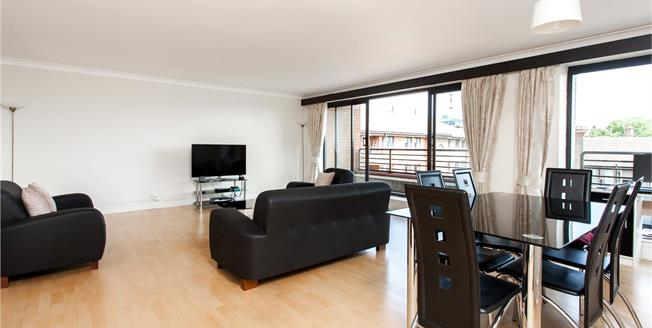 Asking Price £1,475,000, 3 Bedroom Flat For Sale in London, W8