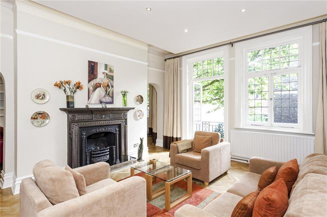 Asking Price £3,495,000, 3 Bedroom Flat For Sale in London, W8
