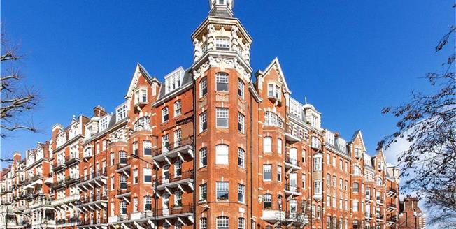 Asking Price £3,280,000, 4 Bedroom Flat For Sale in London, W8
