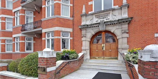 Asking Price £1,850,000, 3 Bedroom Flat For Sale in London, W8