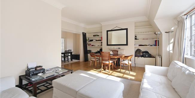 Asking Price £1,575,000, 3 Bedroom Flat For Sale in London, W8
