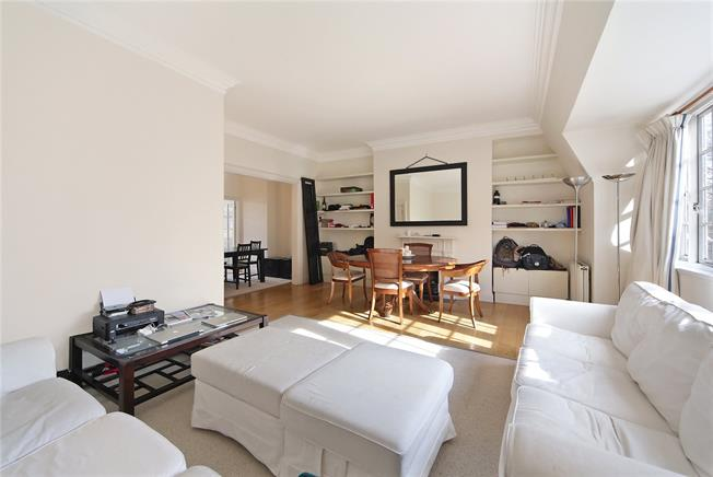 Asking Price £1,399,000, 3 Bedroom Flat For Sale in London, W8