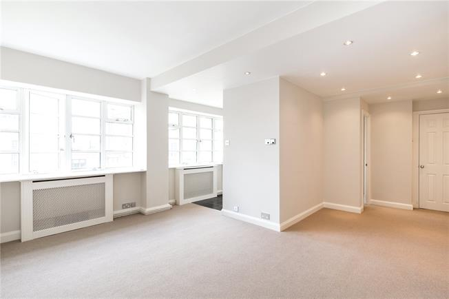 Asking Price £695,000, 1 Bedroom Flat For Sale in London, W8