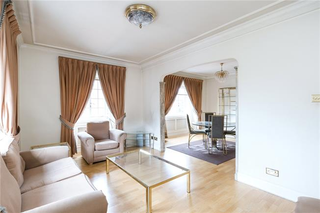 Asking Price £1,695,000, 2 Bedroom Flat For Sale in London, W8