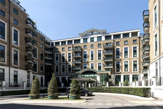 Asking Price £1,250,000, 2 Bedroom Flat For Sale in London, W14