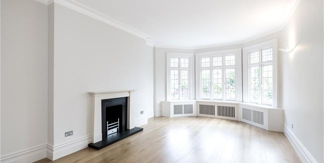 Asking Price £3,800,000, 3 Bedroom Flat For Sale in London, W8