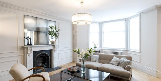 Asking Price £1,895,000, 2 Bedroom Flat For Sale in London, W8
