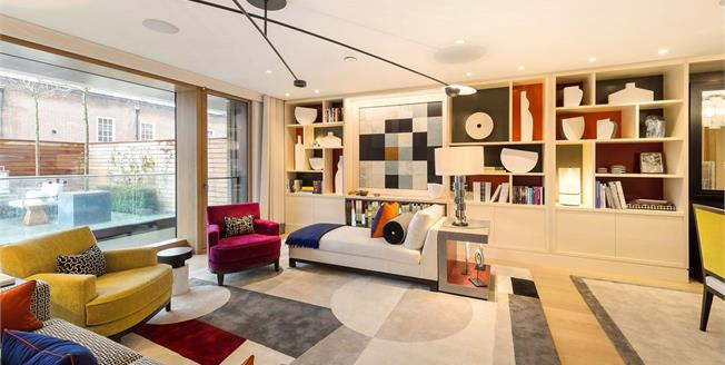 Asking Price £5,950,000, 3 Bedroom Flat For Sale in London, W8