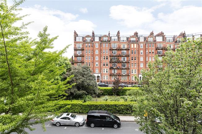 Asking Price £2,795,000, 3 Bedroom Flat For Sale In London, W14