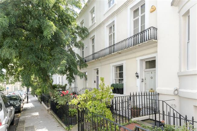 Asking Price £3,195,000, 5 Bedroom Terraced House For Sale in London, W8
