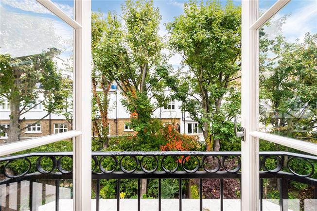 Asking Price £5,000,000, 4 Bedroom Terraced House For Sale in London, W8