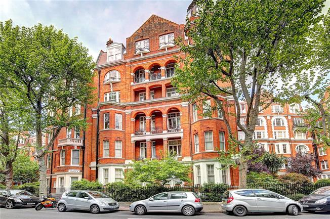 Asking Price £1,995,000, 4 Bedroom Flat For Sale in London, W14