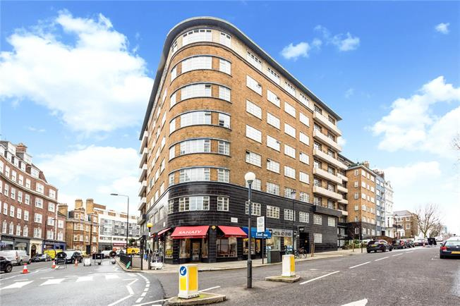 Asking Price £850,000, 2 Bedroom Flat For Sale in London, W8