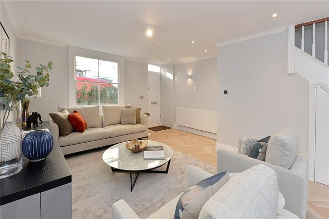 Asking Price £2,295,000, 3 Bedroom Terraced House For Sale in London, W8