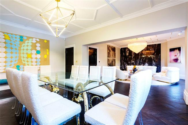 Asking Price £3,600,000, 4 Bedroom Flat For Sale in London, W14