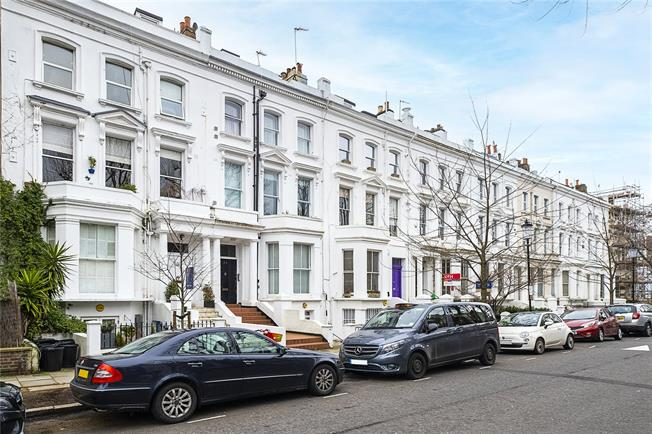 Asking Price £615,000, 1 Bedroom Flat For Sale in London, W14